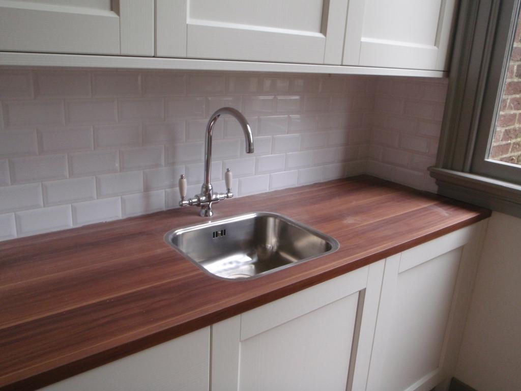 Tegels Keuken Plaatsen : Keukentegels Ikea : Keukentegels plaatsen